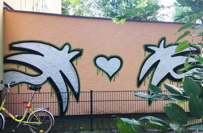 Graffiti Herz und Palmen